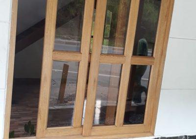 Home-modulares-casas-prefabricadas-medellin-bogota-ventana-madera-vidrio
